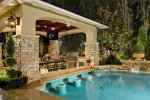Swim-Up-Pool-Bar-Ideas-26-1-Kindesign.jpg