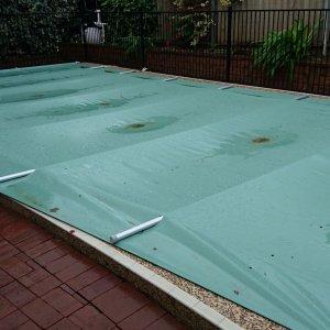 pool cover pic 2 meg.JPG
