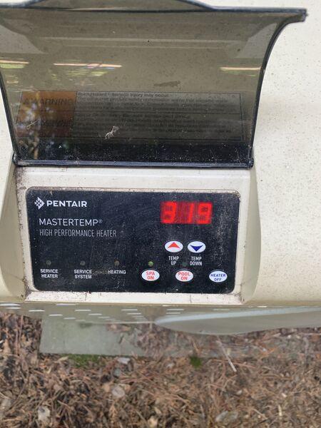 450px-Pentair_MasterTemp_Stack_Flue_Temp.jpg
